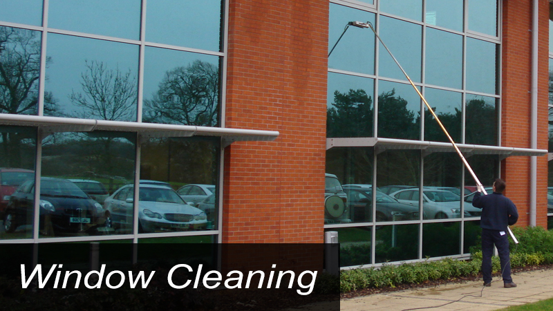 window cleaning service in Santa Clarita
